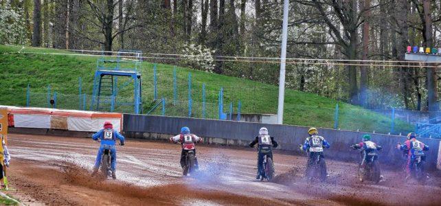 Svítkovský plochodrážní stadion zahajuje sezónu