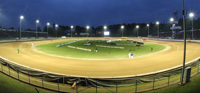 Sezóna na pardubickém plochodrážním stadionu ve Svítkově nabrala plné obrátky